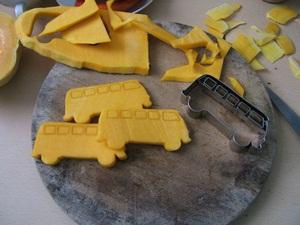 decorate pumkin with cookie cutter