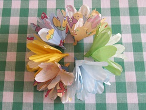 instructions paper flowers muffin liners